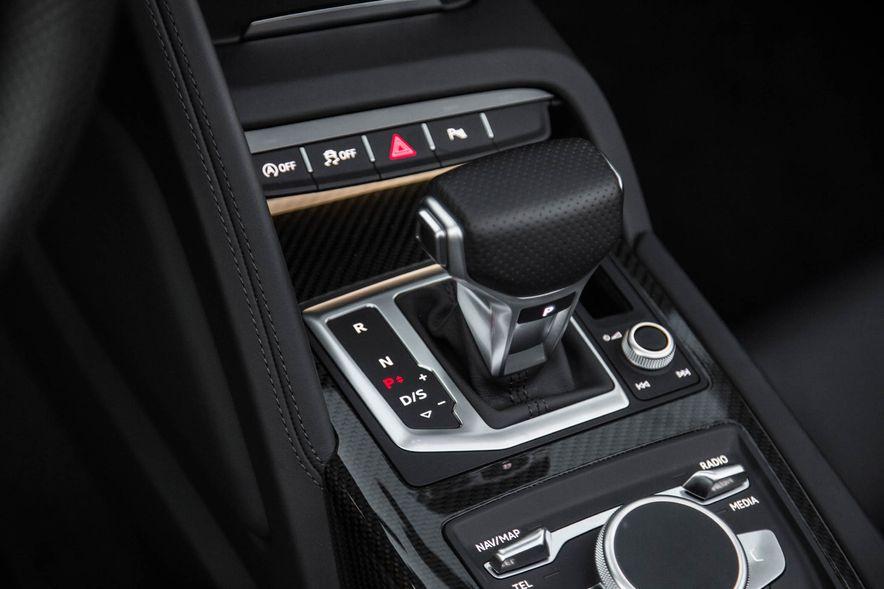 2017 Audi R8 Spyder (Euro-spec) - Slide 41