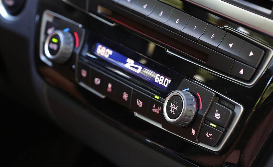 2017 BMW 330i - Slide 30