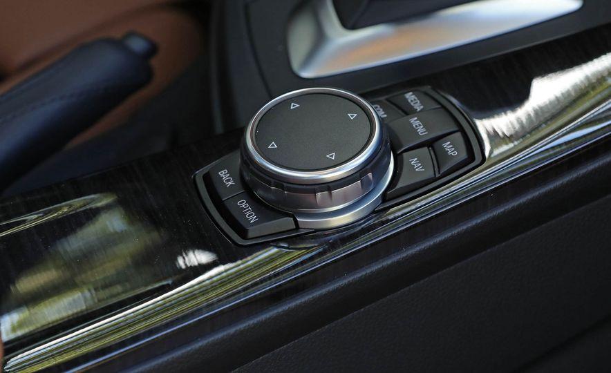 2017 BMW 330i - Slide 35