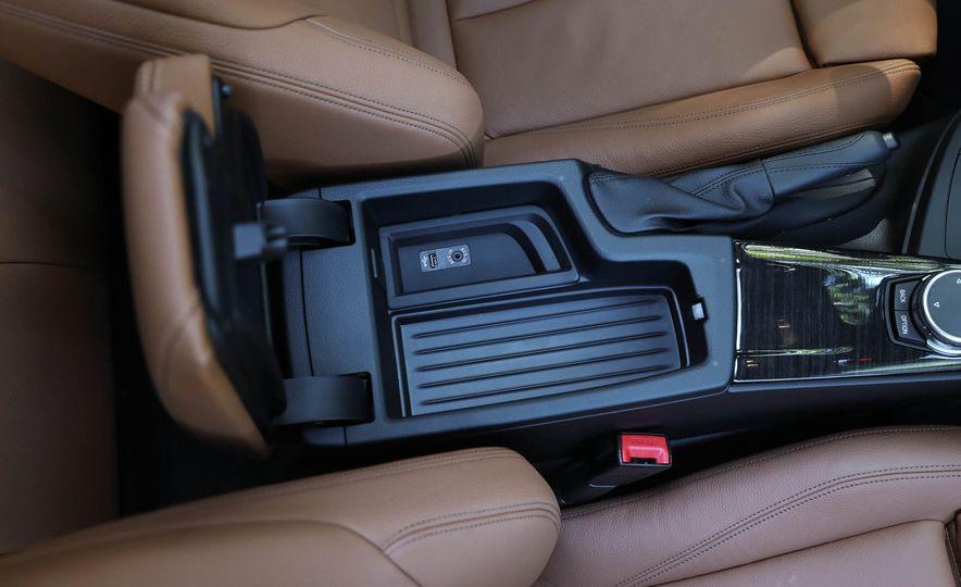 2017 BMW 330i - Slide 36