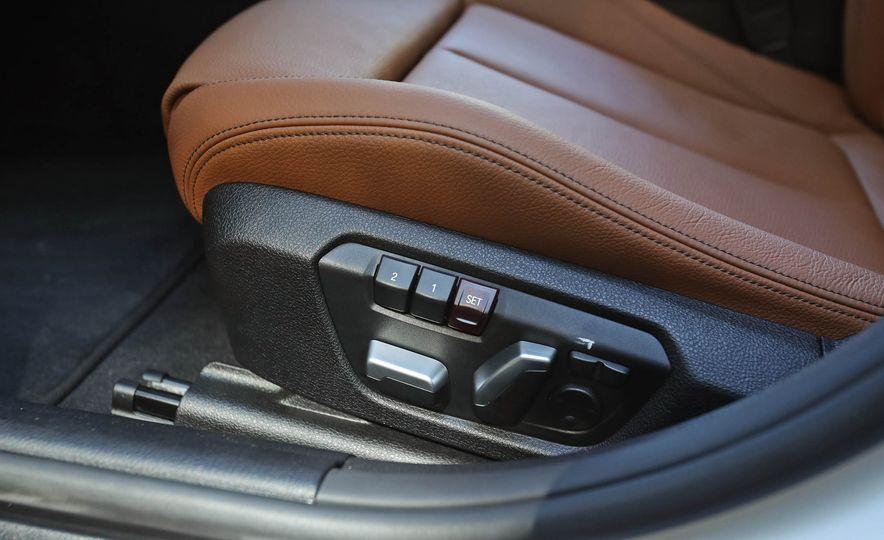 2017 BMW 330i - Slide 39