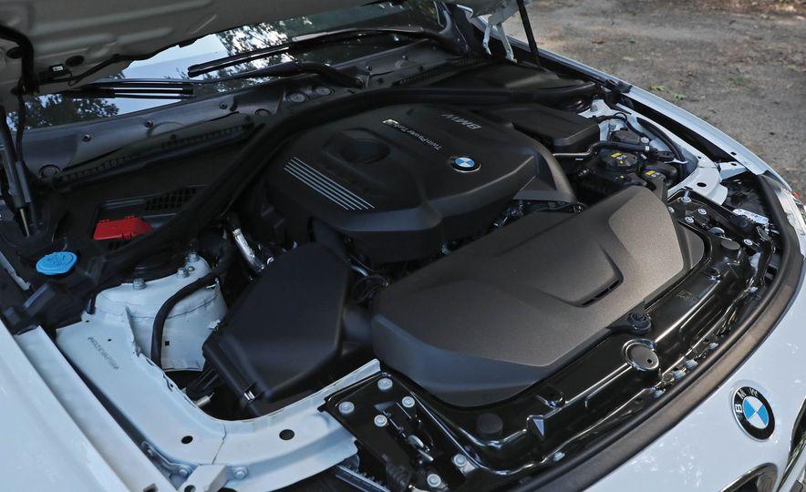 2017 BMW 330i - Slide 46