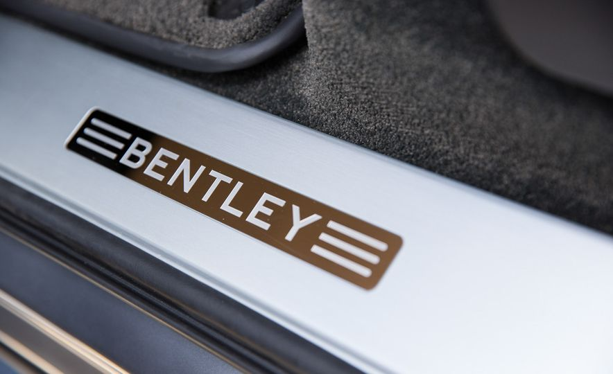 2016 Land Rover Range Rover SVAutobiography and 2017 Bentley Bentayga - Slide 18