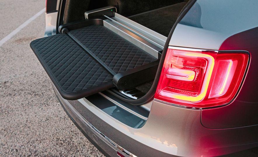 2016 Land Rover Range Rover SVAutobiography and 2017 Bentley Bentayga - Slide 19