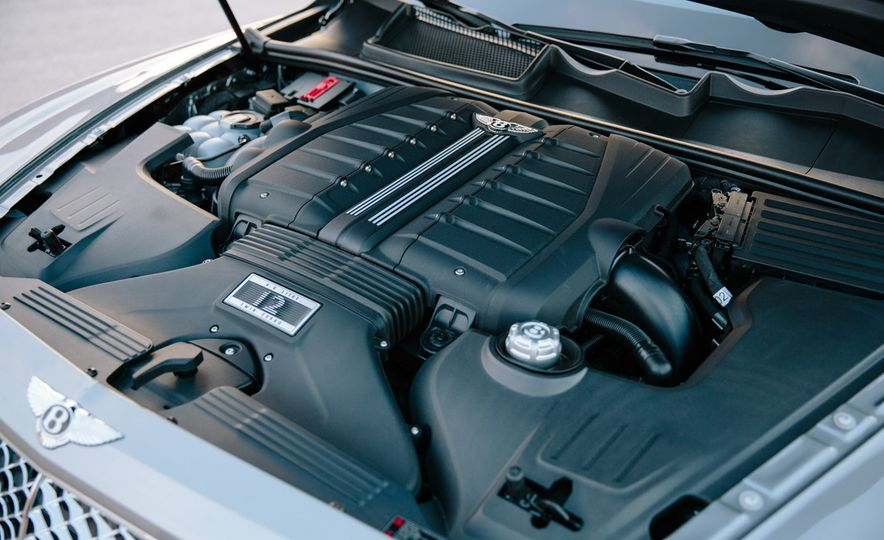 2016 Land Rover Range Rover SVAutobiography and 2017 Bentley Bentayga - Slide 20
