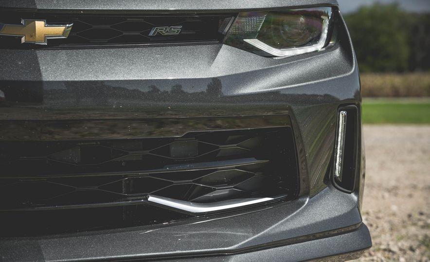 2017 Chevrolet Camaro RS 50th Anniversary Edition - Slide 38