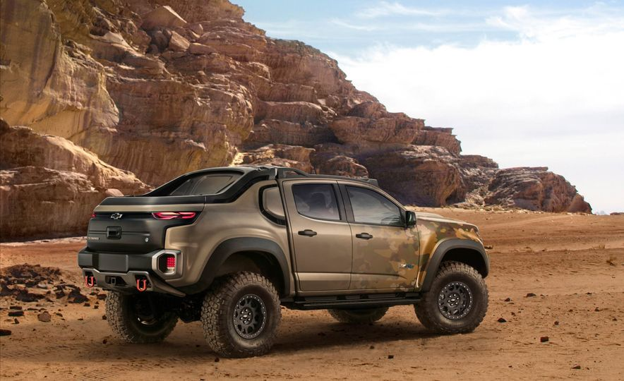 2017 Chevrolet Colorado ZH2 - Slide 3