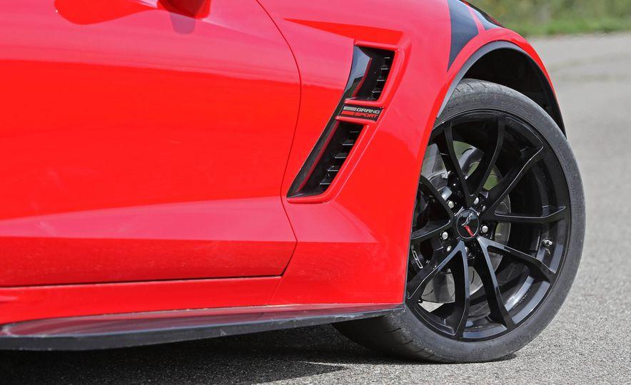 2017 Chevrolet Corvette Grand Sport - Slide 24