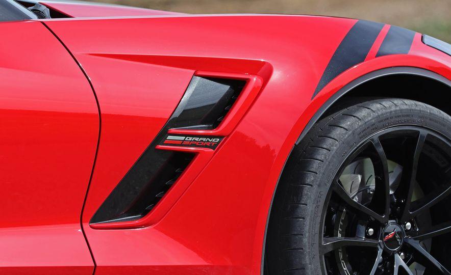 2017 Chevrolet Corvette Grand Sport - Slide 25