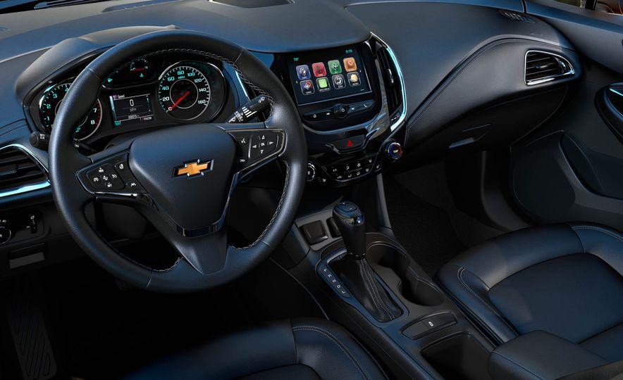 2017 Chevrolet Cruze diesel sedan - Slide 17