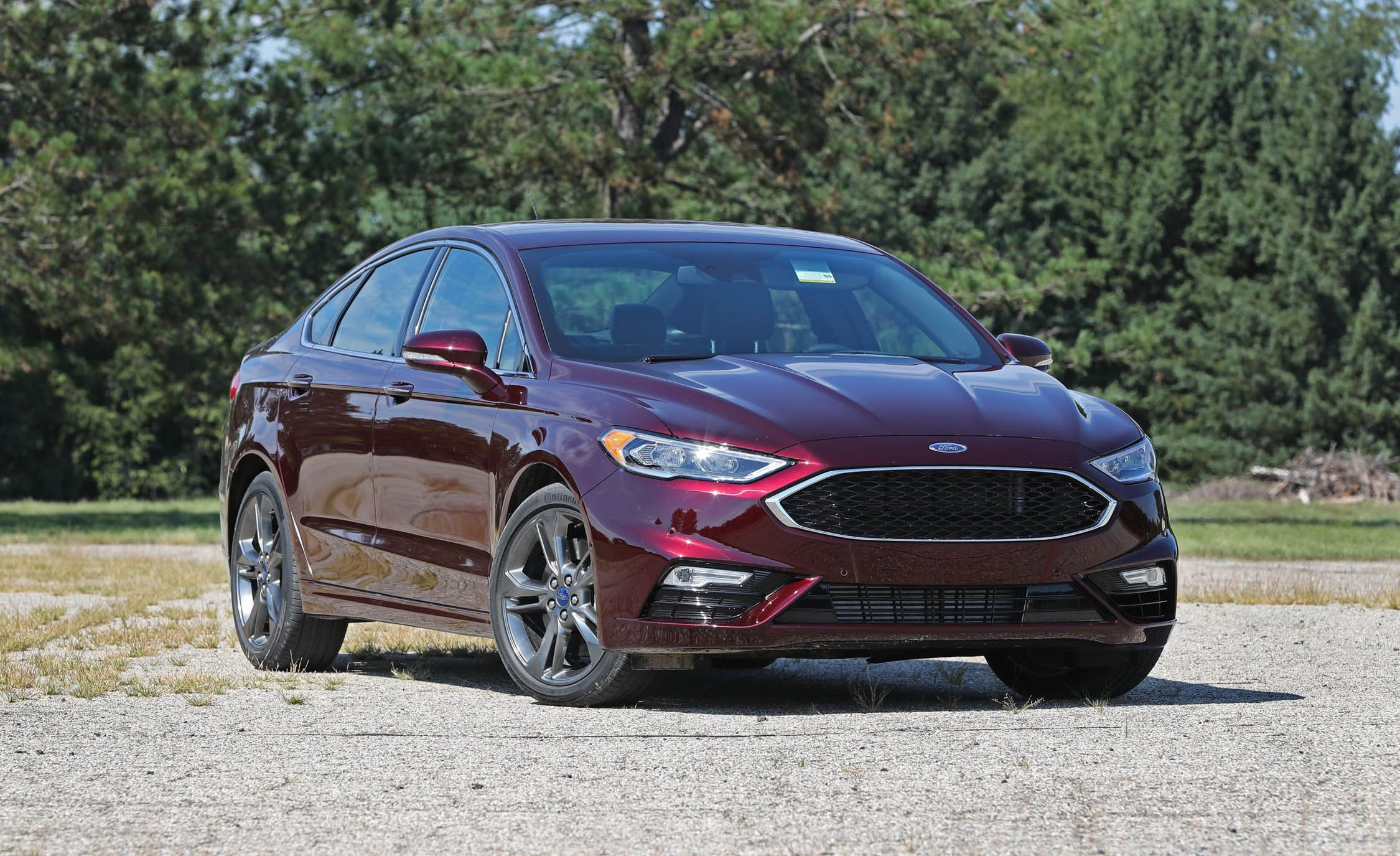 2017 ford fusion sport with performance tires