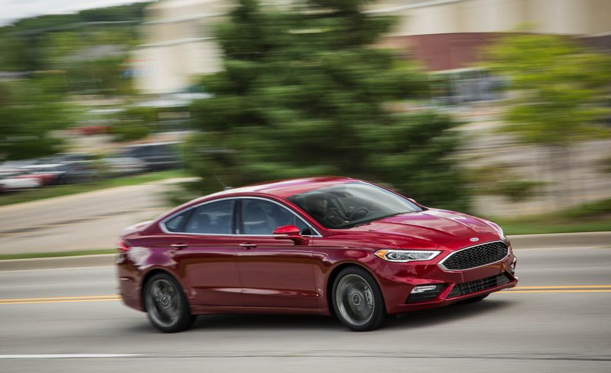 2017 Ford Fusion Sport - Slide 4