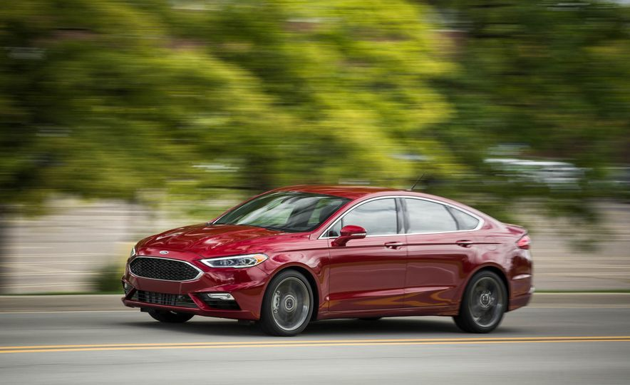 2017 Ford Fusion Sport - Slide 7