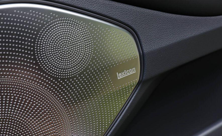 2017 Genesis G90 V8 - Slide 41