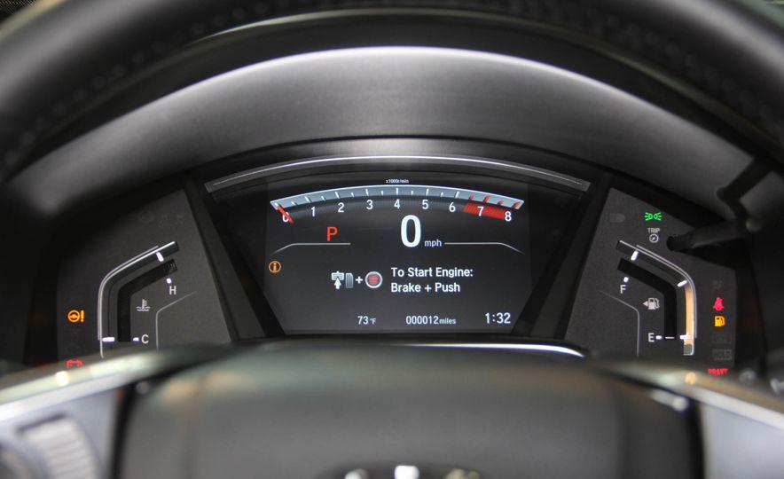 2017 Honda CR-V Touring AWD - Slide 8
