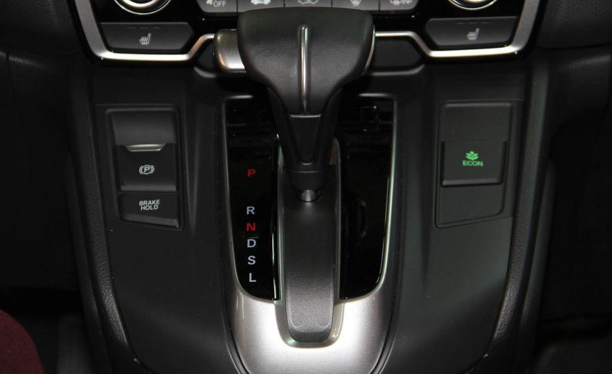 2017 Honda CR-V Touring AWD - Slide 10