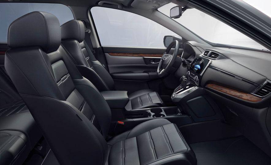 2017 Honda CR-V Touring AWD - Slide 25
