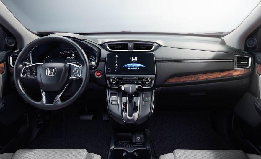 2017 Honda CR-V Touring AWD - Slide 26