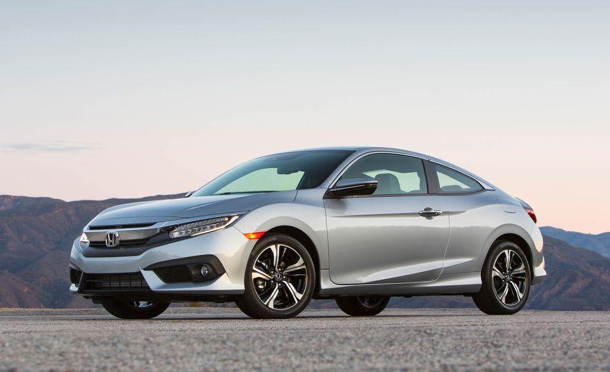2017 Honda Civic coupe - Slide 1