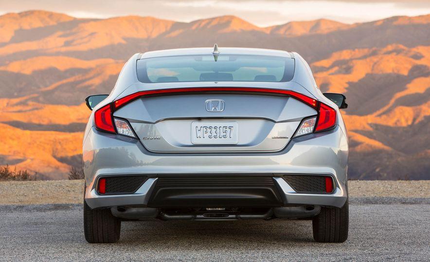 2017 Honda Civic coupe - Slide 4