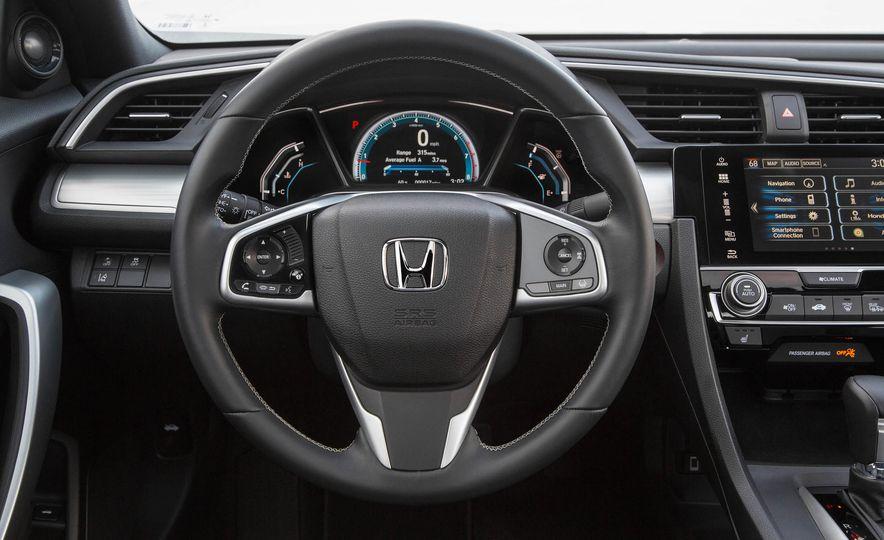 2017 Honda Civic coupe - Slide 12