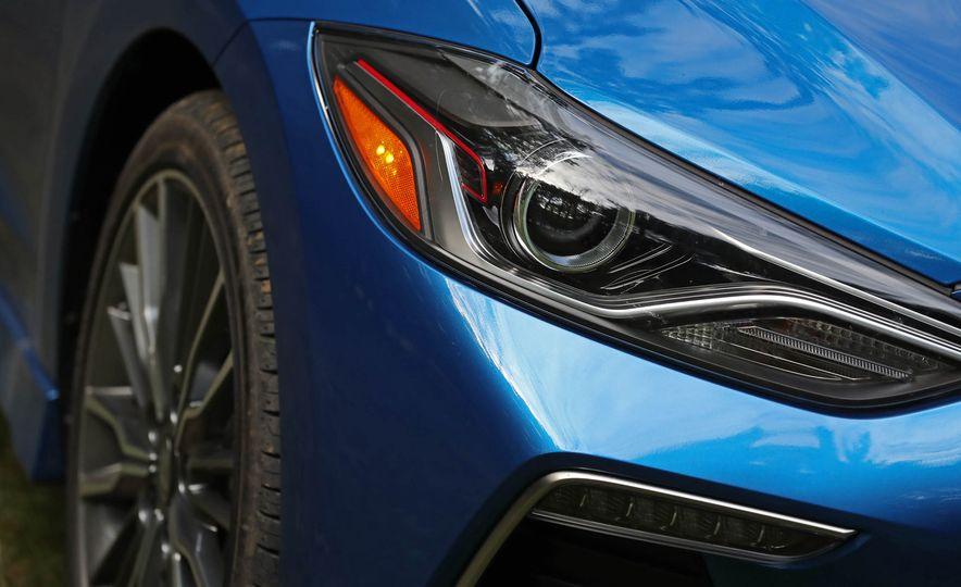 2017 Hyundai Elantra Sport - Slide 20