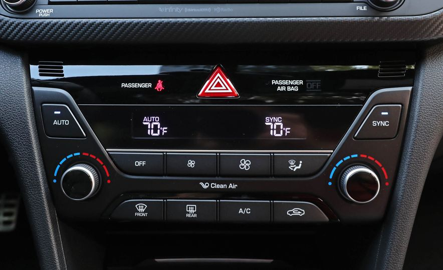 2017 Hyundai Elantra Sport - Slide 42