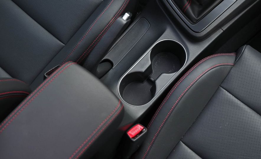 2017 Hyundai Elantra Sport - Slide 45
