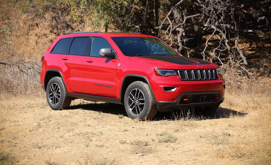 2017 Jeep Grand Cherokee Trailhawk - Slide 11