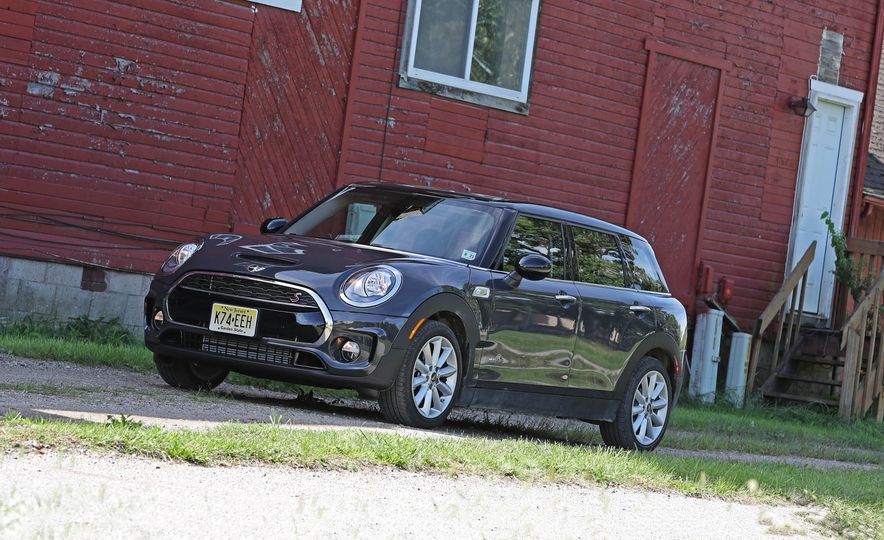 2017 Mini Cooper S Clubman ALL4 - Slide 1