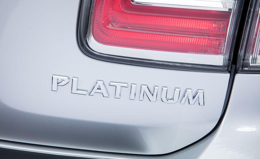 2017 Nissan Armada Platinum - Slide 9