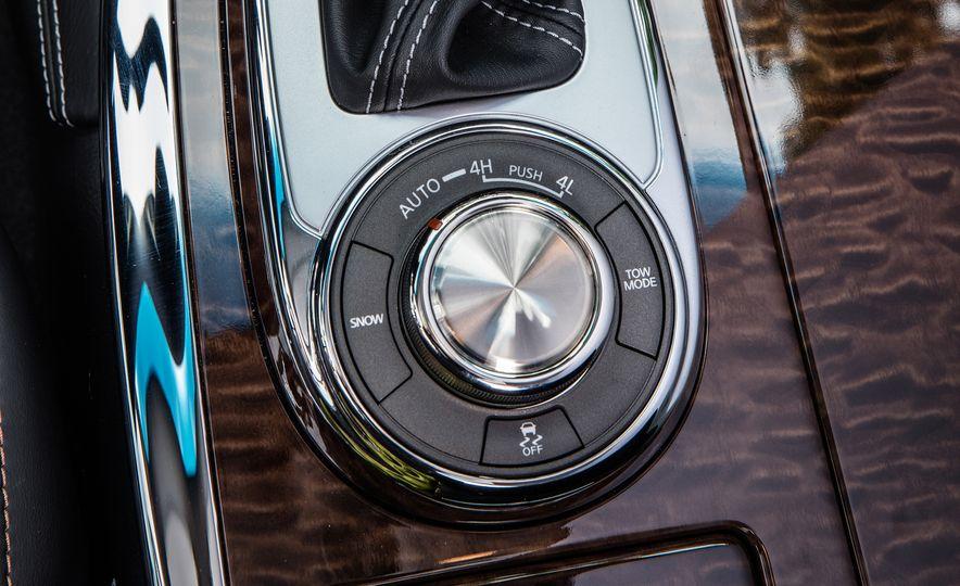 2017 Nissan Armada Platinum - Slide 13