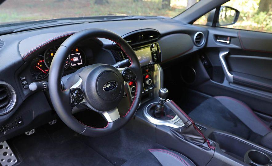 2017 Subaru BRZ - Slide 20