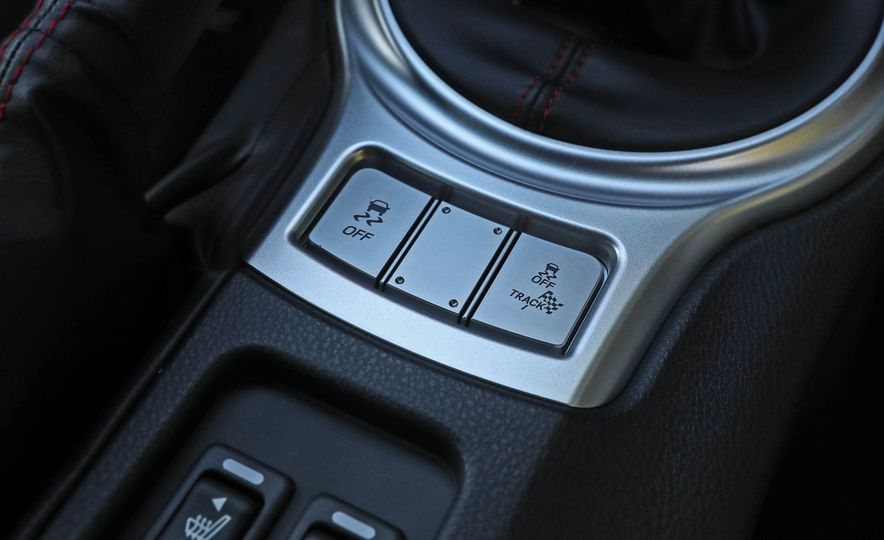 2017 Subaru BRZ - Slide 27