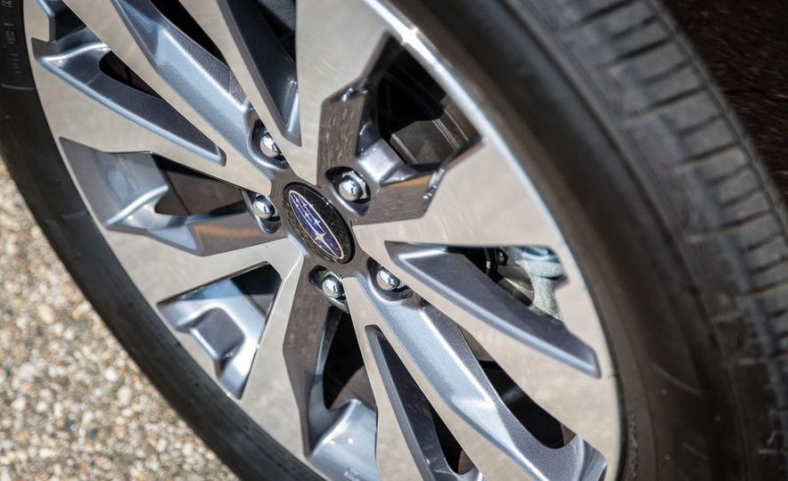 2017 Subaru Outback 3.6R - Slide 9