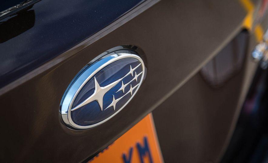 2017 Subaru Outback 3.6R - Slide 11