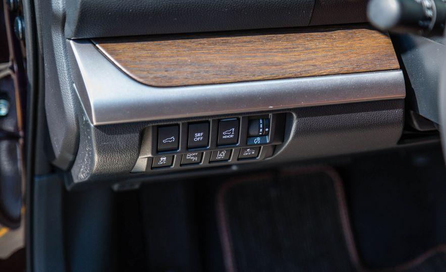 2017 Subaru Outback 3.6R - Slide 15