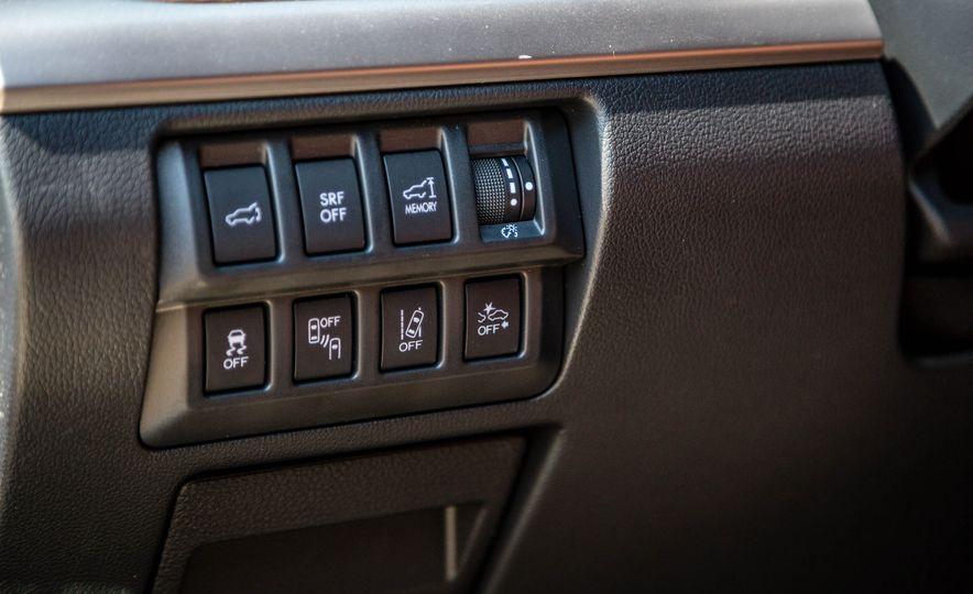 2017 Subaru Outback 3.6R - Slide 16