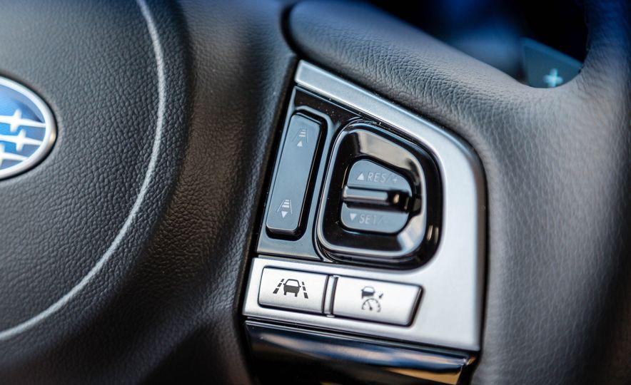 2017 Subaru Outback 3.6R - Slide 18