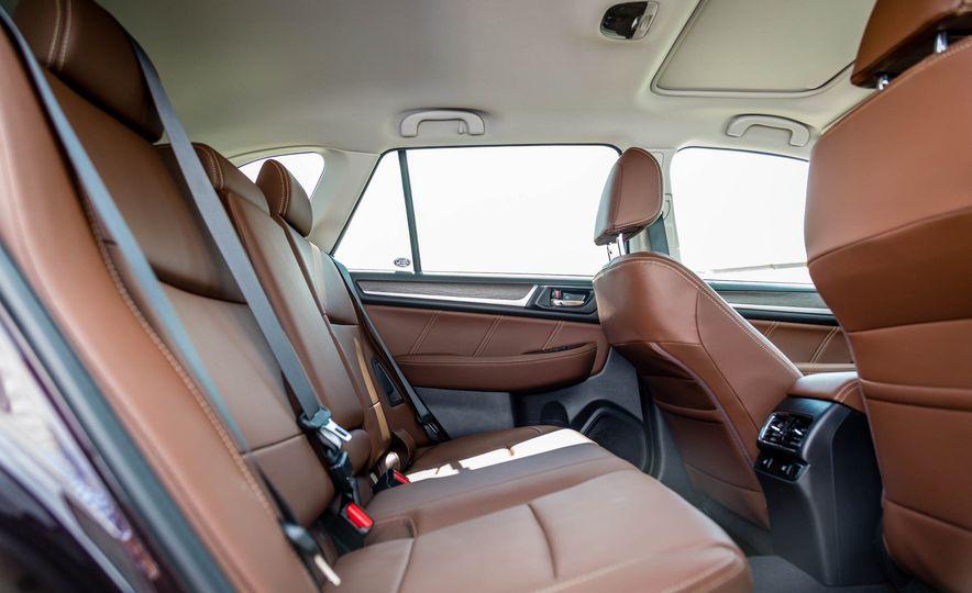 2017 Subaru Outback 3.6R - Slide 34
