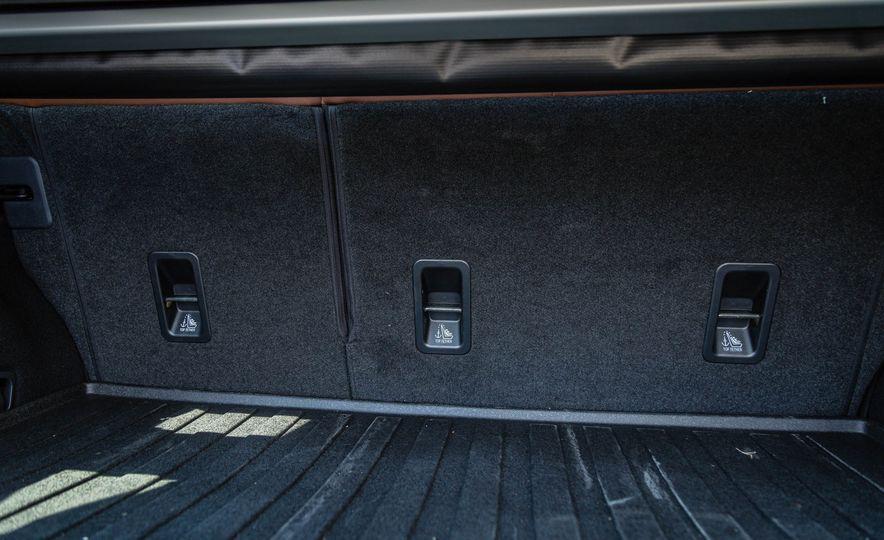 2017 Subaru Outback 3.6R - Slide 38