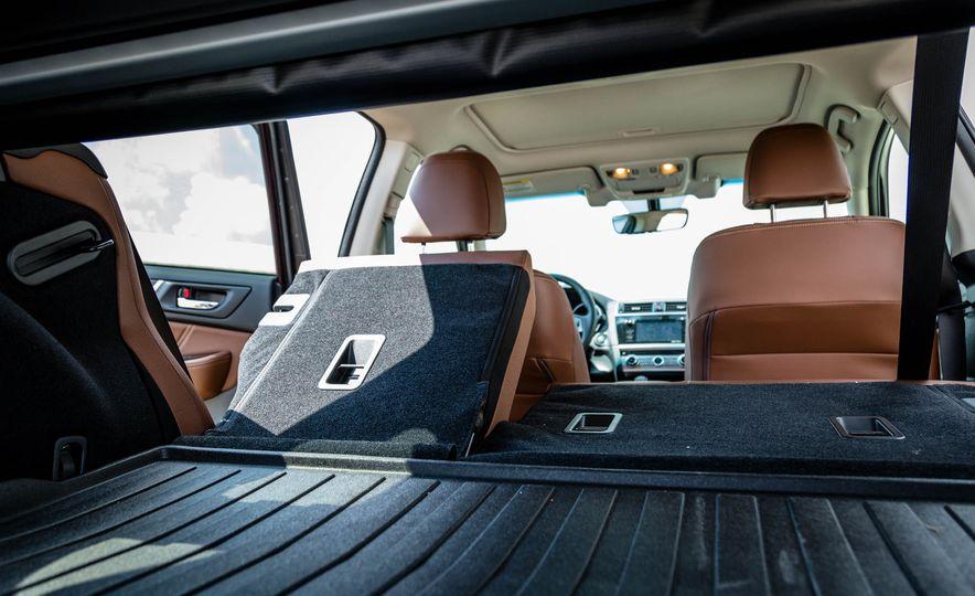 2017 Subaru Outback 3.6R - Slide 40