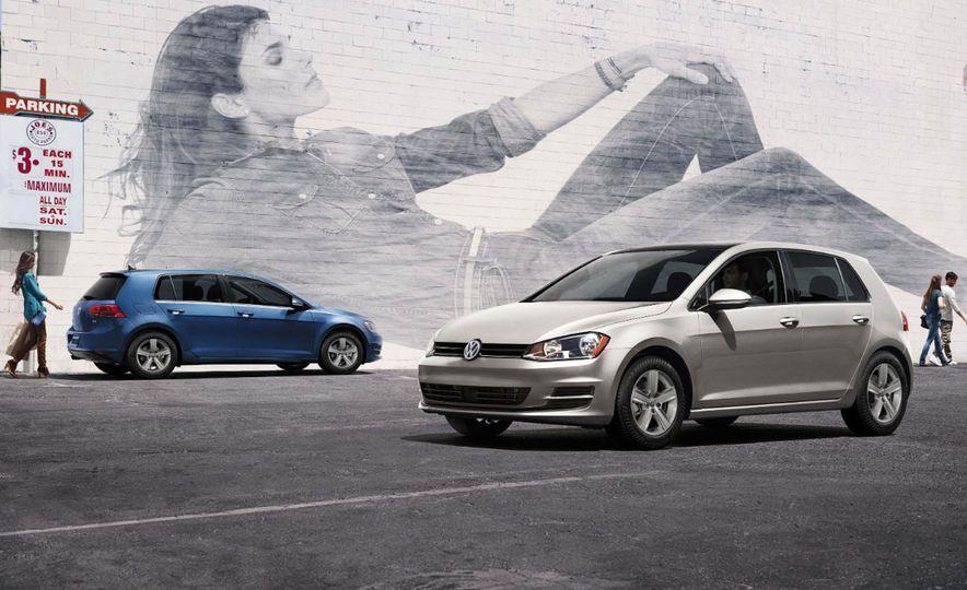 2017 Volkswagen Golf - Slide 2