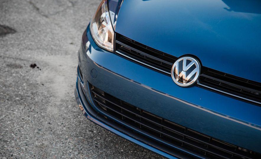 2017 Volkswagen Golf Sportwagen 4MOTION - Slide 8
