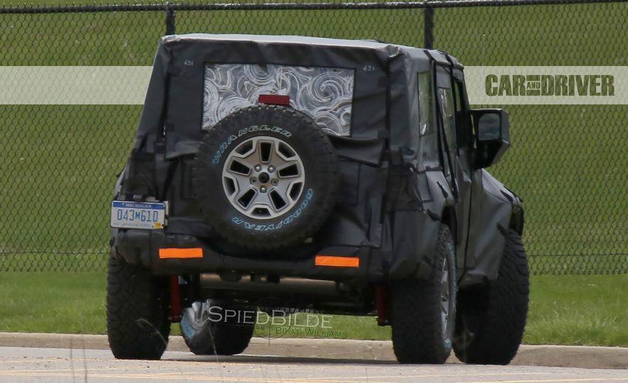 2018 Jeep Wrangler (spy photo) - Slide 15