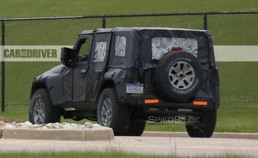 2018 Jeep Wrangler (spy photo) - Slide 18
