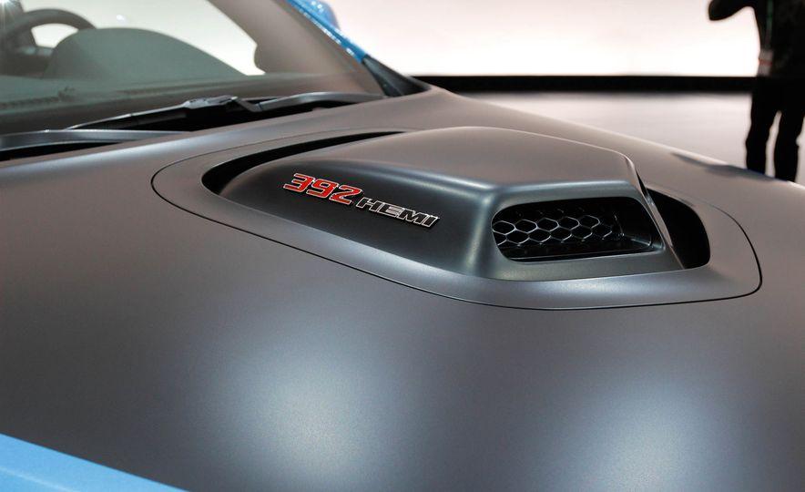 Dodge Durango Shaker concept - Slide 9