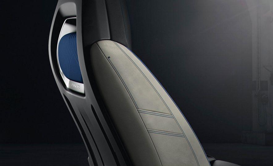 Lynk & Co 01 concept - Slide 17