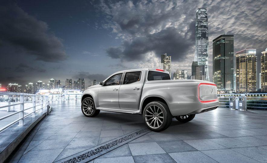 Mercedes-Benz X-class concept - Slide 17