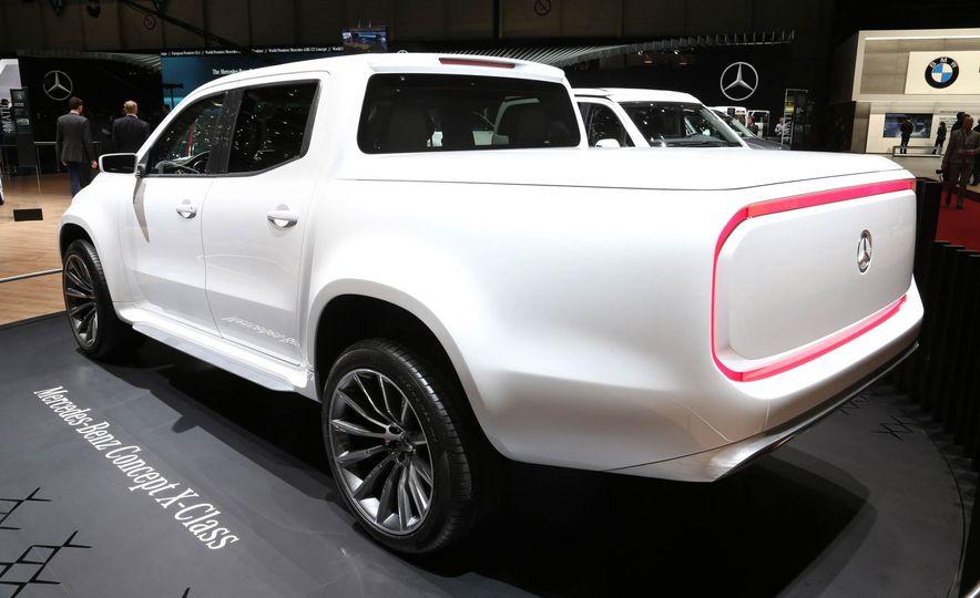 Mercedes-Benz X-class concept - Slide 9